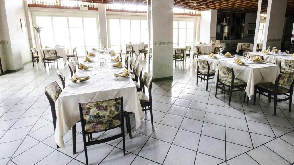 Hotel-Tarconte-Tarquinia-Restaurant-DSC8281