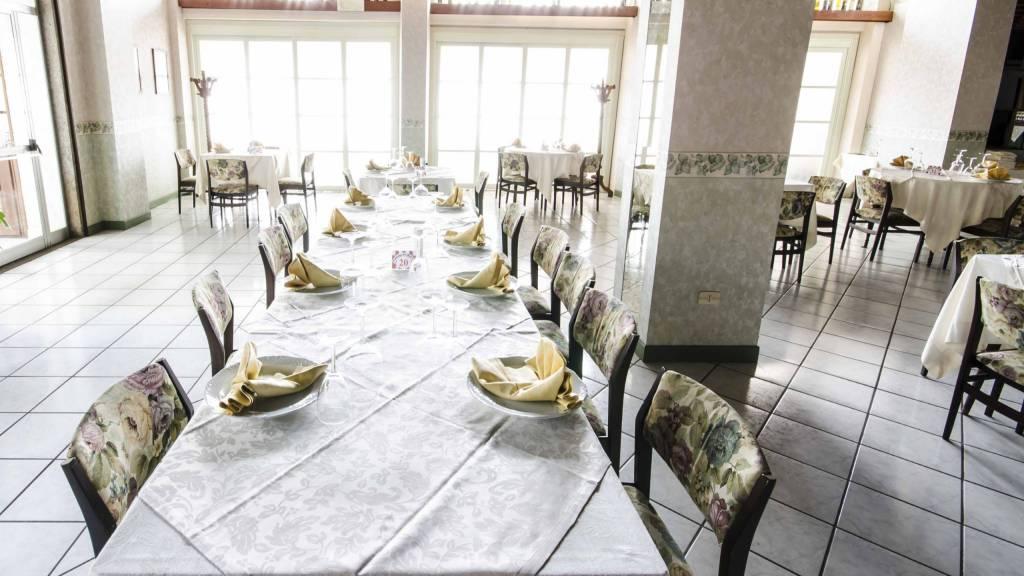 Hotel-Tarconte-Tarquinia-Restaurant-DSC8282