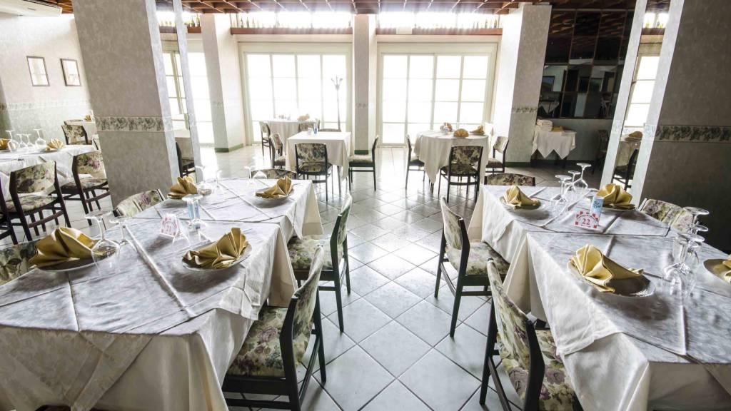 Hotel-Tarconte-Tarquinia-Restaurant-DSC8283